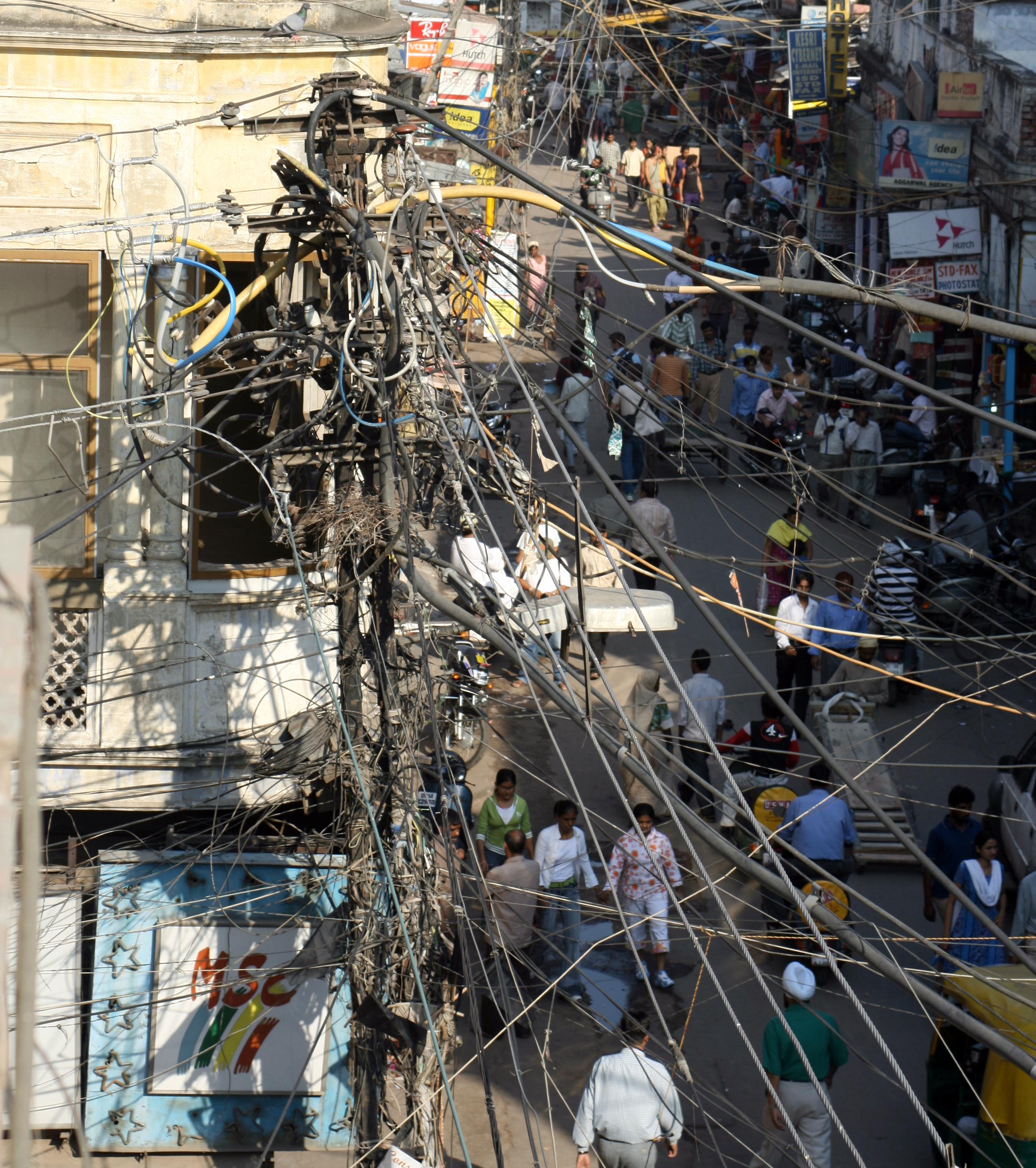 Kabelchaos in Delhi