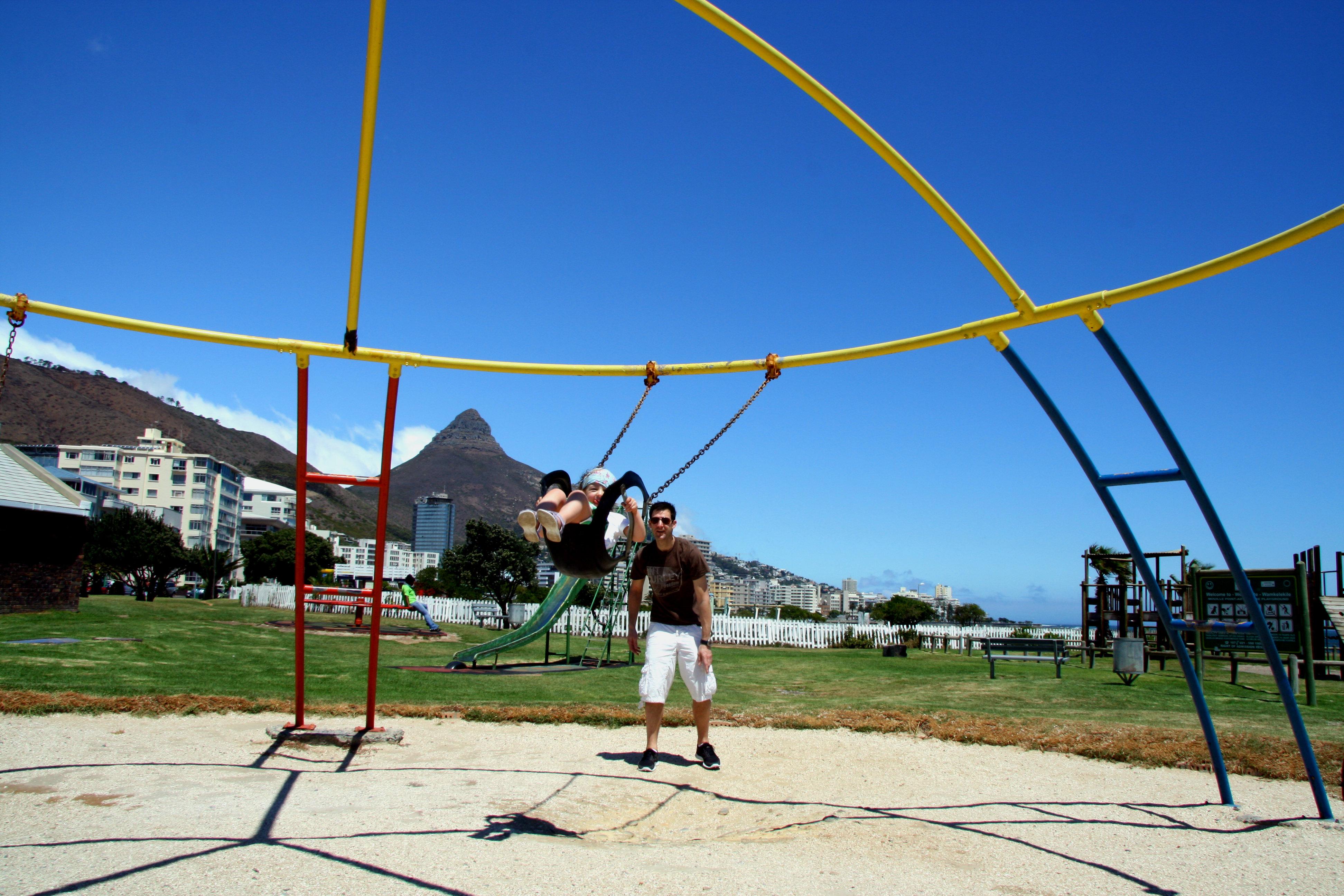 Kapstadt_Seapoint-Promenade-Playground