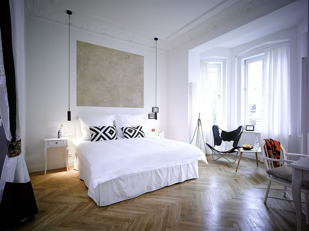 gorki apartments berlin zu gast bei leo sommer hidden gem travelblog. Black Bedroom Furniture Sets. Home Design Ideas