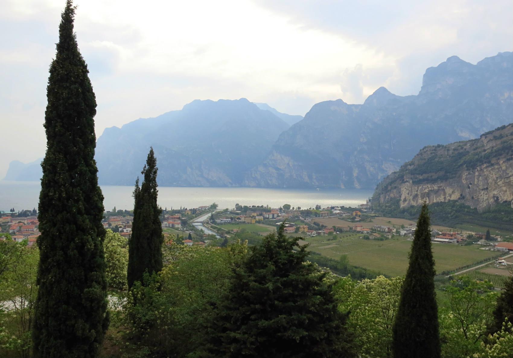 Gardasee-Mountainbiken-Arco-Aussicht