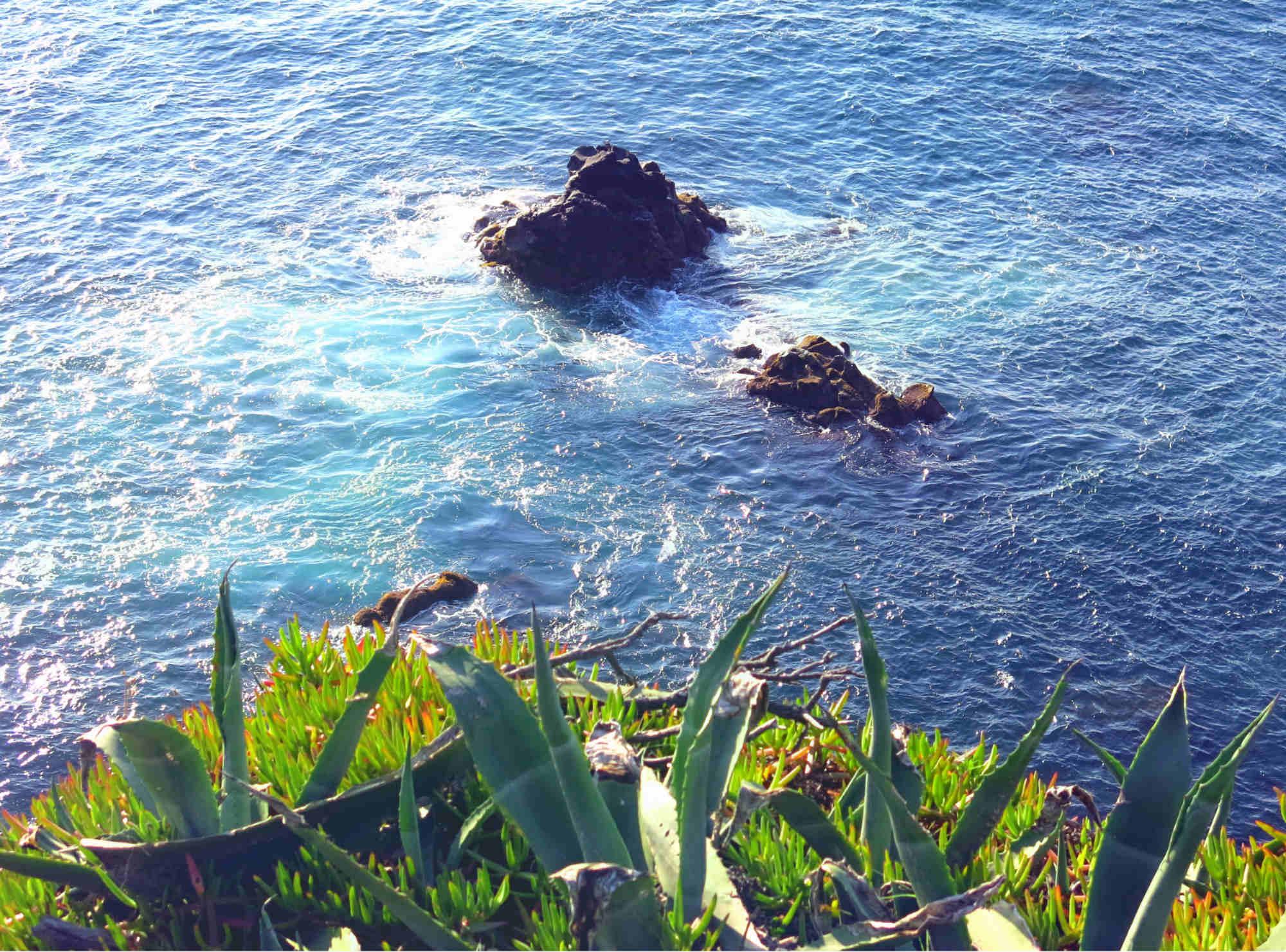 Azoren_Portugal_Sao-Miguel-Steilküste