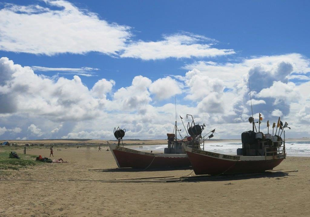 Uruguay-Cabo-Polonio-Ships