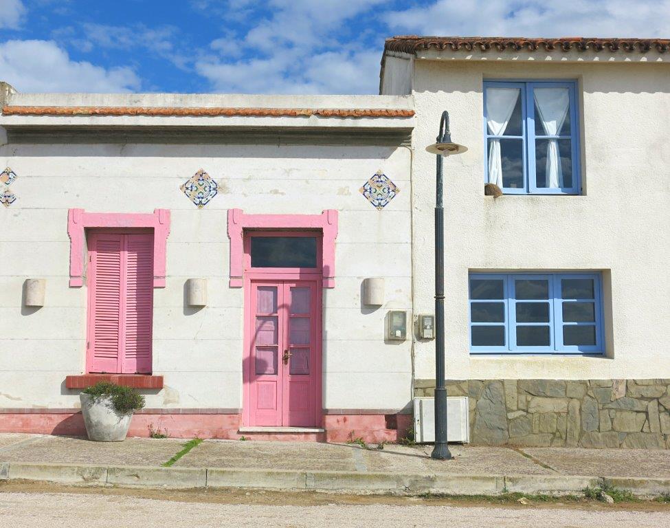 Uruguay-Roch-La-Pedrera-Candy-Houses