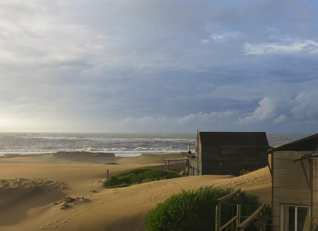 Uruguay-Rocha-Punta-del-Diablo-Dunes
