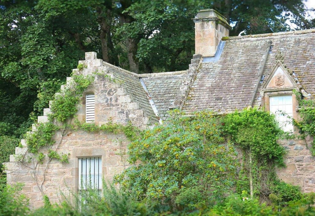 maerchenschloss-schottland-cawdor-castle