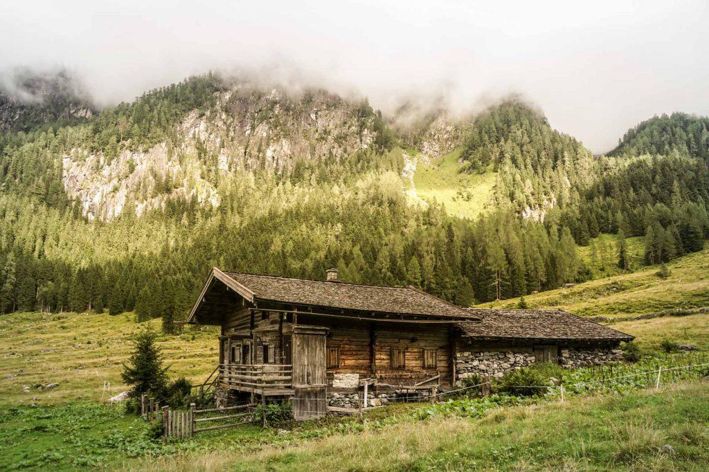 Ferienhaus-Barmberg-Wildkogel-Auf-da-Leitn-8-Hütte-Smaragdtal